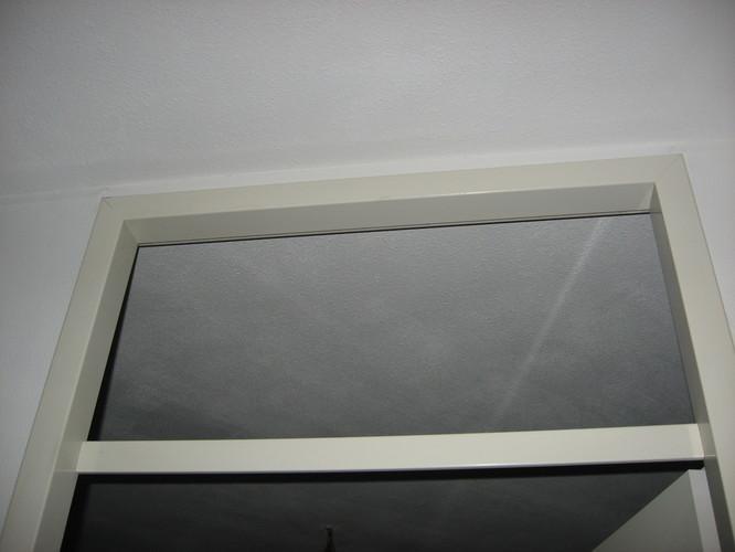 Glas zetten raampje boven slaapkamer deur  Werkspot