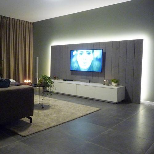 TV wand maken en plaatsen  Werkspot