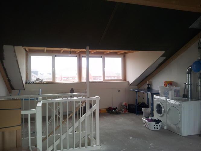 Op zolder 2 slaapkamers maken  afwerken dakkapel  Werkspot