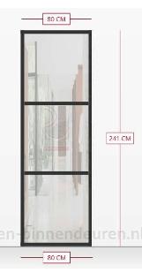 Stalen deur in woonkamer plaatsen en douchewand van glas