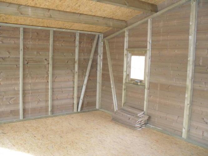 isoleren en plaatsen van wanden en deur  Werkspot