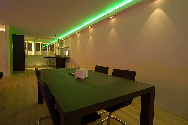 Koof maken voor verlichting op plafond  Werkspot