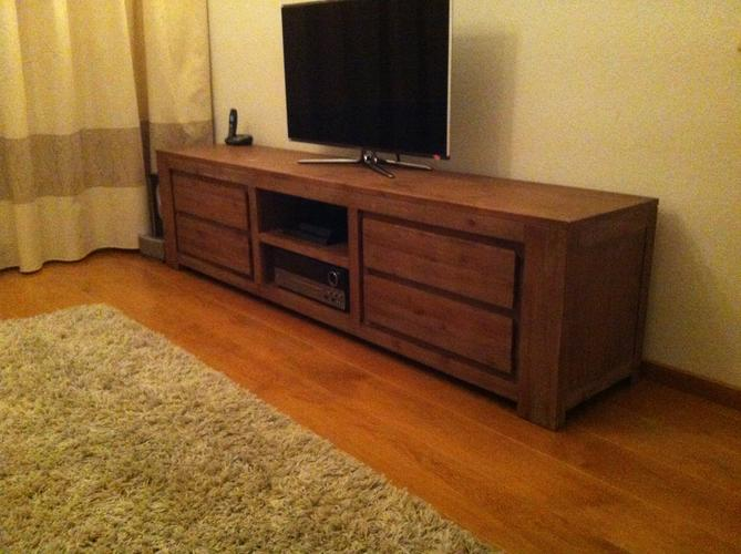 Behandelen tv meubel en salontafel  reparatie  Werkspot