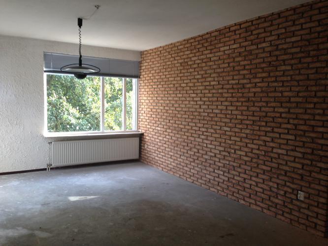 Schuren en stucen van muren appartement  Werkspot