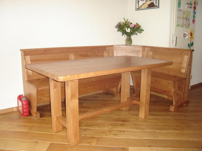 Maken hoekbank voor bij de eettafel van hout  Werkspot