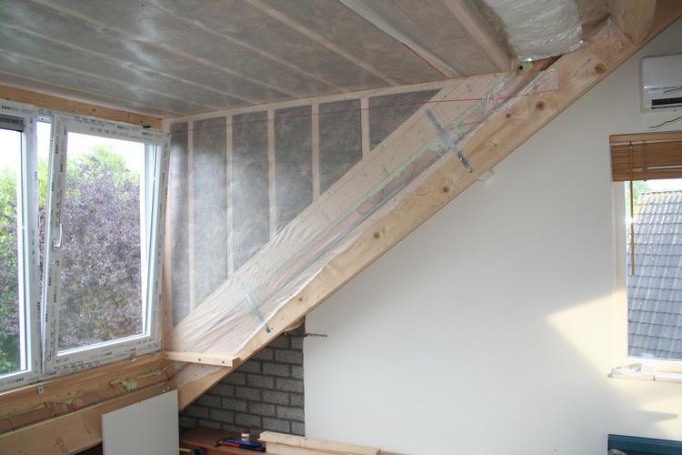 Aftimmeren dakkapel  zolder  Werkspot