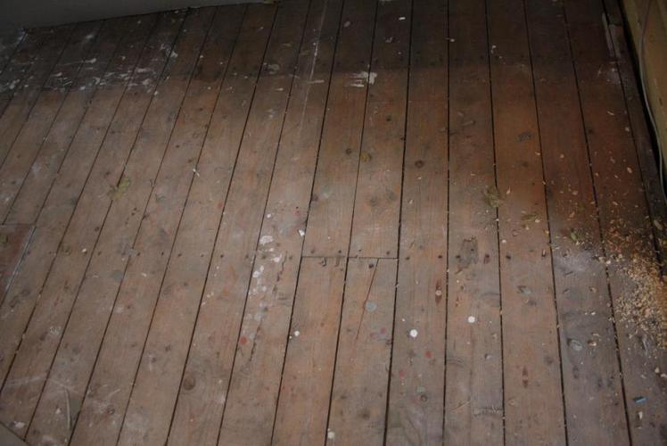 Eindhoven opknappen oude originele planken vloer  Werkspot