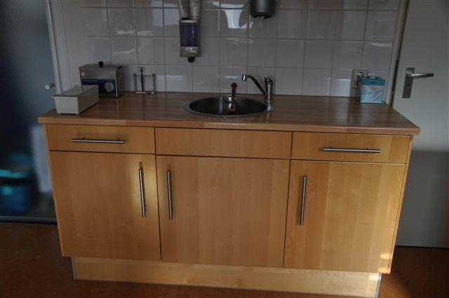 Overspuiten IKEA keukenblokje en 2 bovenkastjes  Werkspot