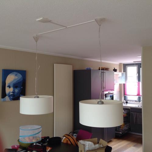 Ophangen en aansluiten nieuwe lamp boven eettafel  Werkspot