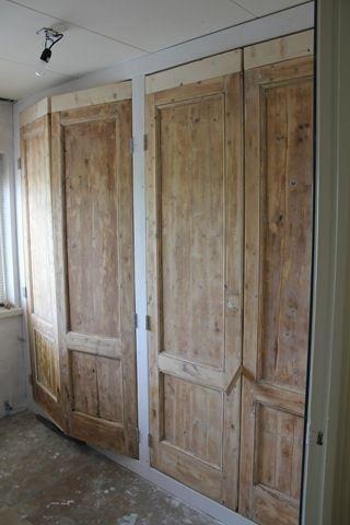 Inbouwkast slaapkamer maken met oude deuren  Werkspot