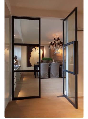 Plaatsen metalenhouten deur met glas binnenshuis  Werkspot