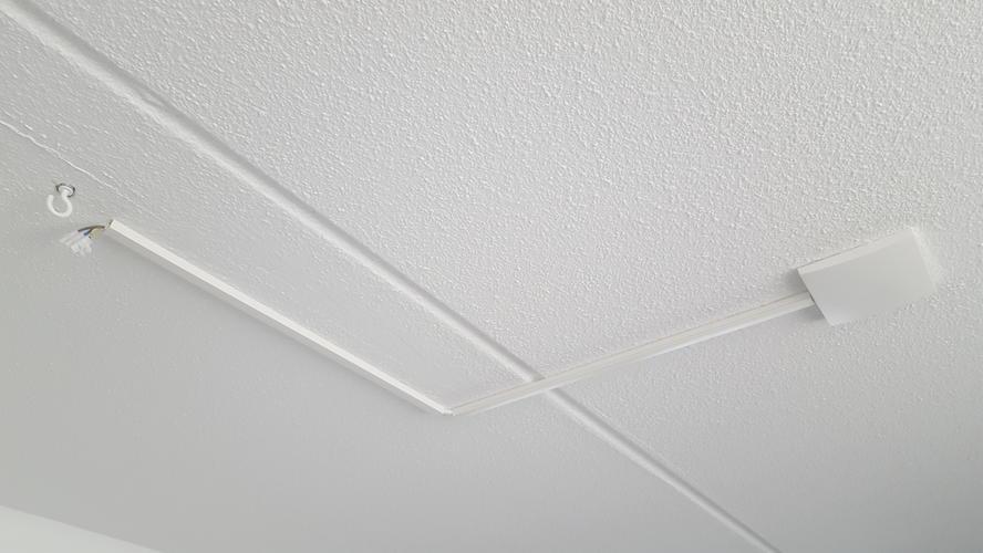 Plaatsen hanglamp aan plafond  Werkspot