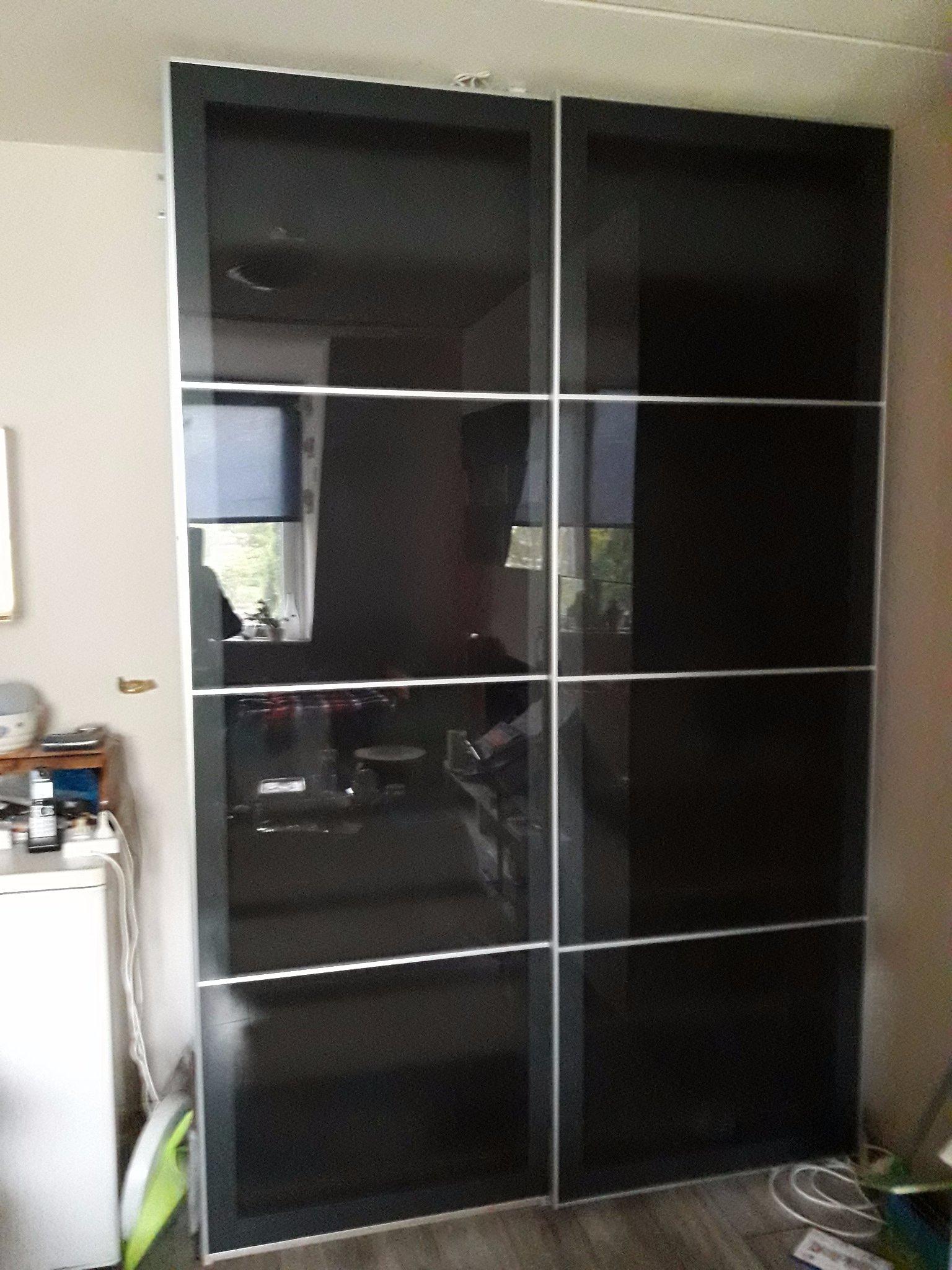 Ikea kasten demonteren en monteren in andere kamer  Werkspot