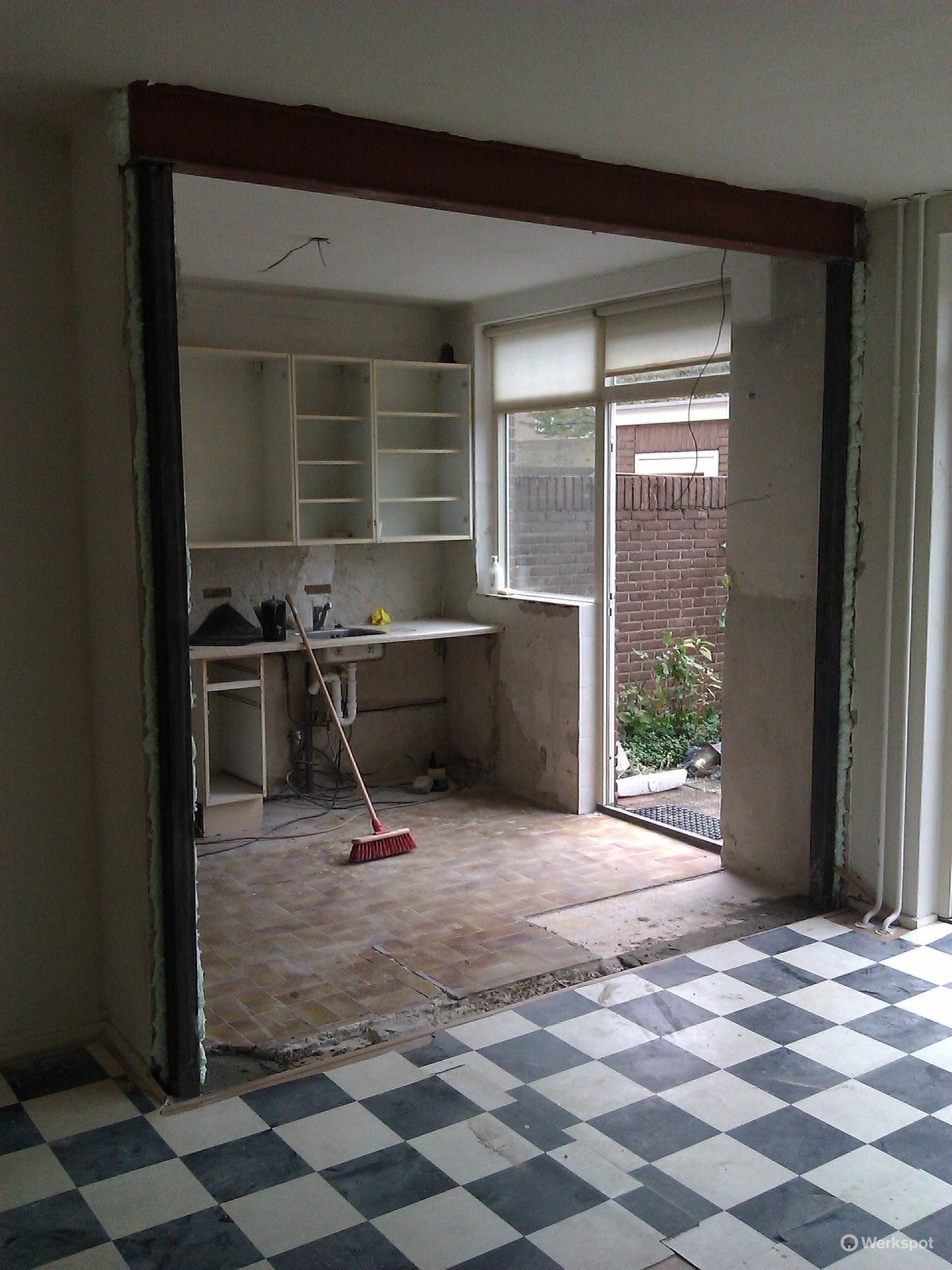 Draagbalk aanbrengen voor open keuken  Werkspot