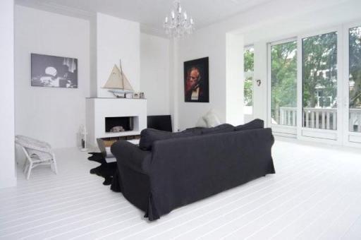 Grenen vloer schuren en wit verven  Werkspot