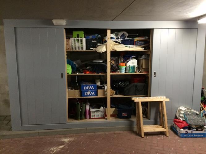 Grote houten kast voor in de garage  Werkspot