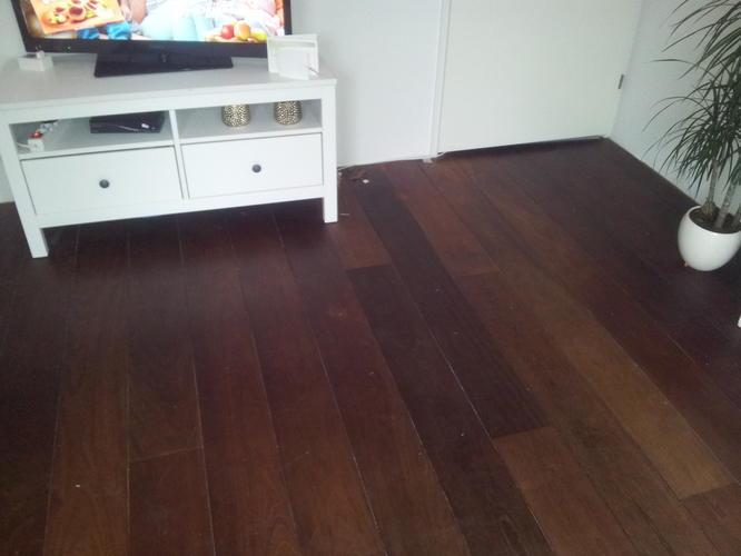 Jatoba vloer schuren en dekkend wit verven  Werkspot
