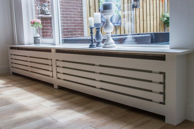 Lange radiator omkisten met MDF met vensterbank  Werkspot