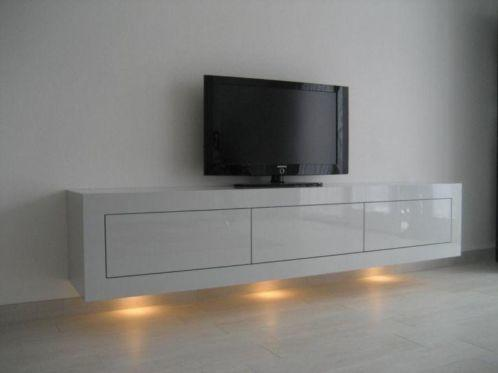 Zwevend TV meubel maken en ophangen zie foto spots