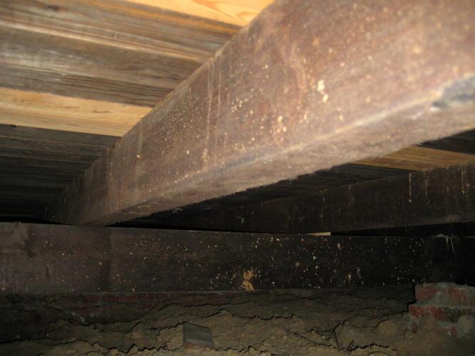 houten vloer vervangen beton en vloerverwarming  Werkspot