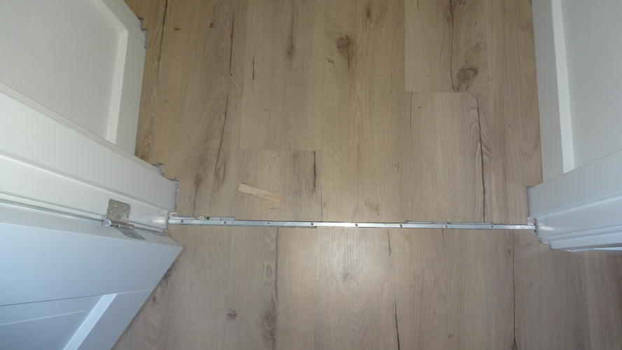 Laminaat vloer bovenverdieping  Werkspot