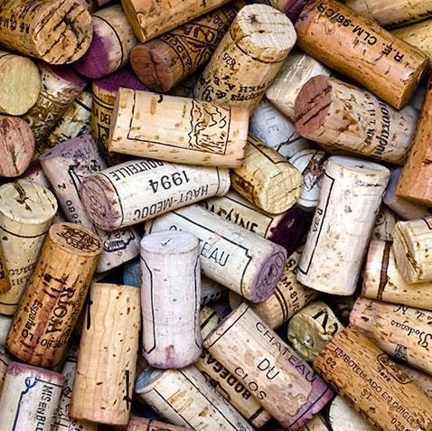 Formas de reciclar los tapones de corcho del vino