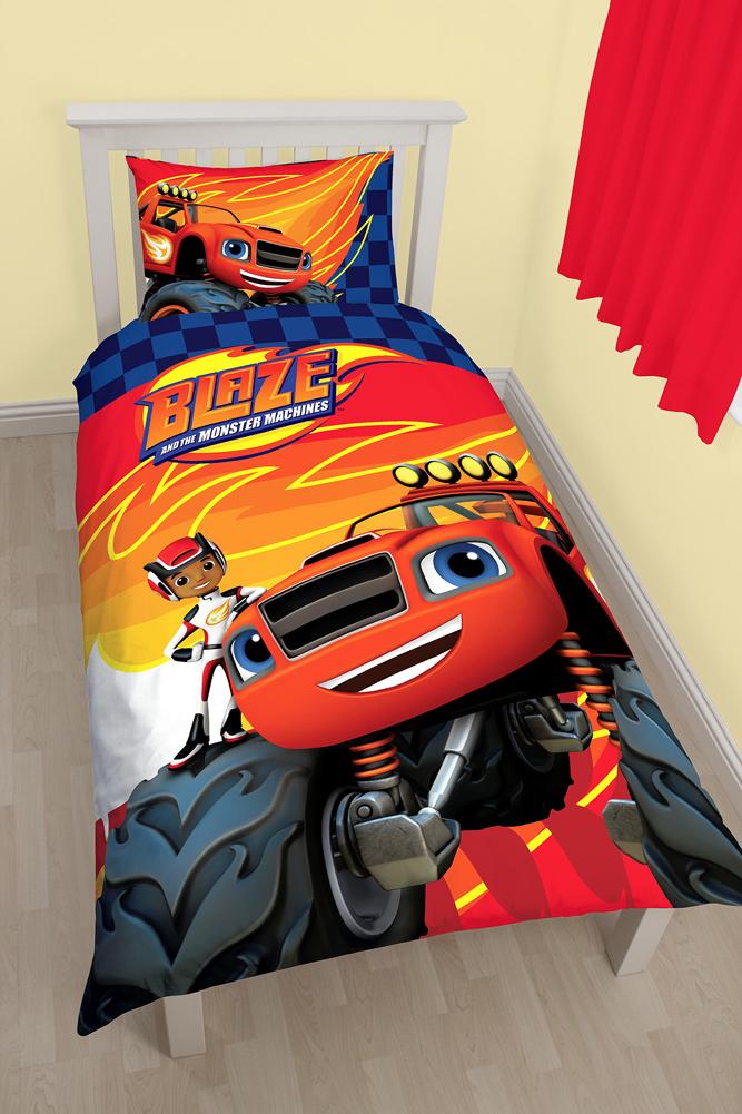 Children Premium Bed Cover 135x200 Marvel DC Comics STAR