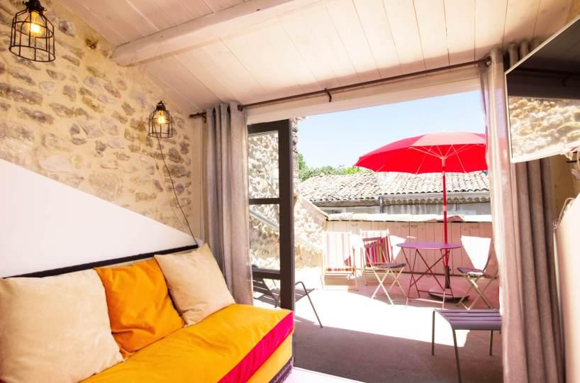 Luberon villages Provence France Rent-Our-Home rentourhomeinprovence Lourmarin Maison des Oisaeux