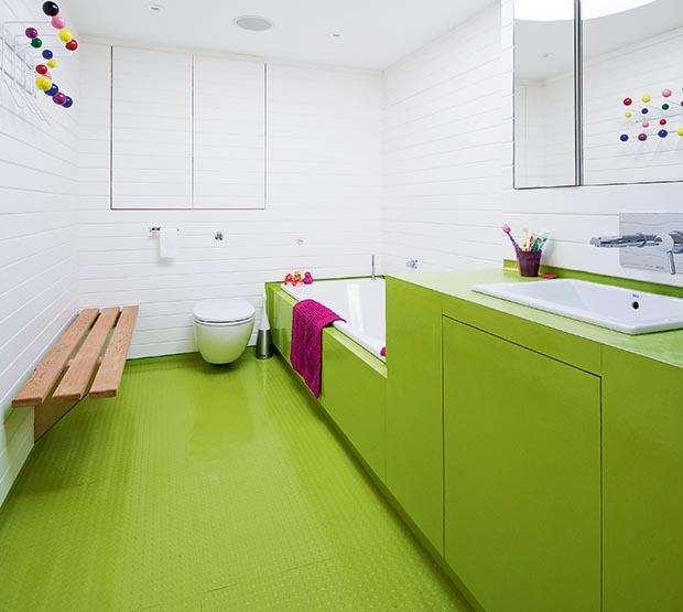 How to Choose Bathroom Flooring  Homebuilding  Renovating