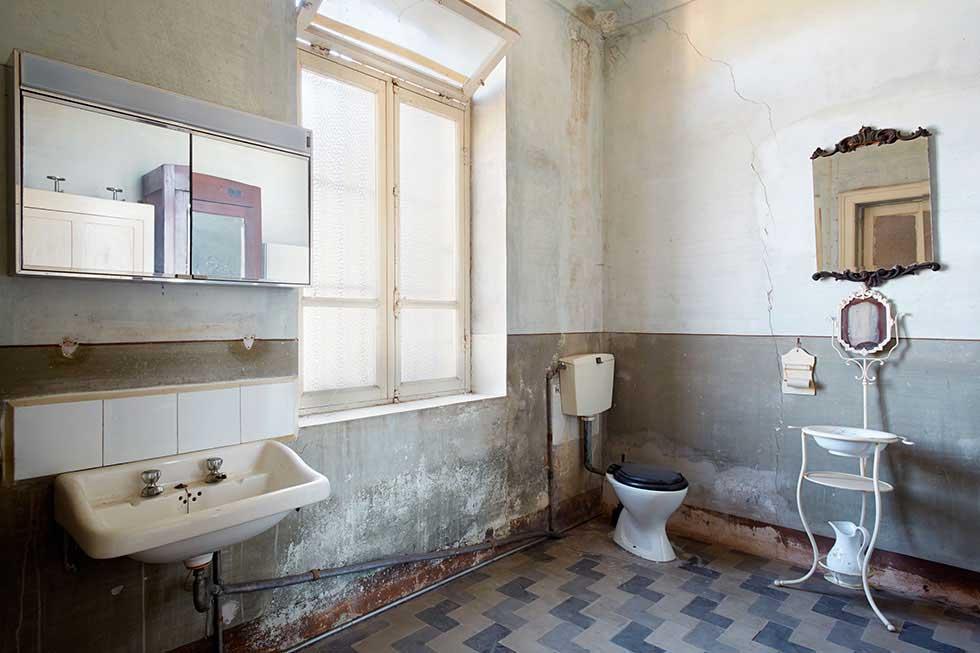 Interior Wall Problems  Homebuilding  Renovating