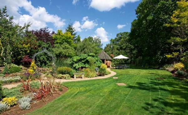build landscaping tips