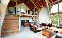 15 Design Ideas for Vaulted Ceilings | Homebuilding ...