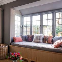Living Room Window Grey And White Furniture 10 Charming Seat Ideas Homebuilding Renovating
