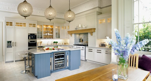 Luxury Bespoke Kitchens - England Collection Mark