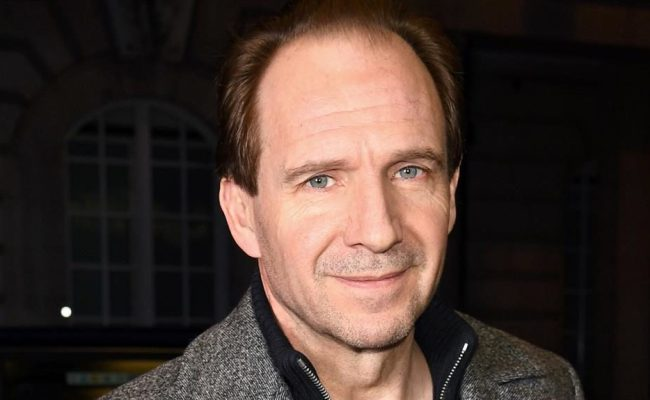 Sixty Seconds With Ralph Fiennes Metro Newspaper Uk