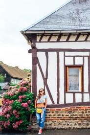 Photographer in France. Etretat