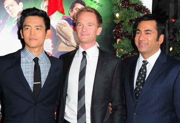 Kal-Penn-the-Premiere-of-A-Very-Harold-Kumar-3D-Christmas-kal-penn-26504929-594-407