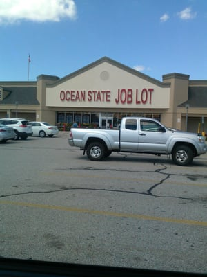 Ocean State Job Lot Gales Ferry : ocean, state, gales, ferry, Ocean, State, Tiogue, Coventry,, Clothes, Posts, MapQuest