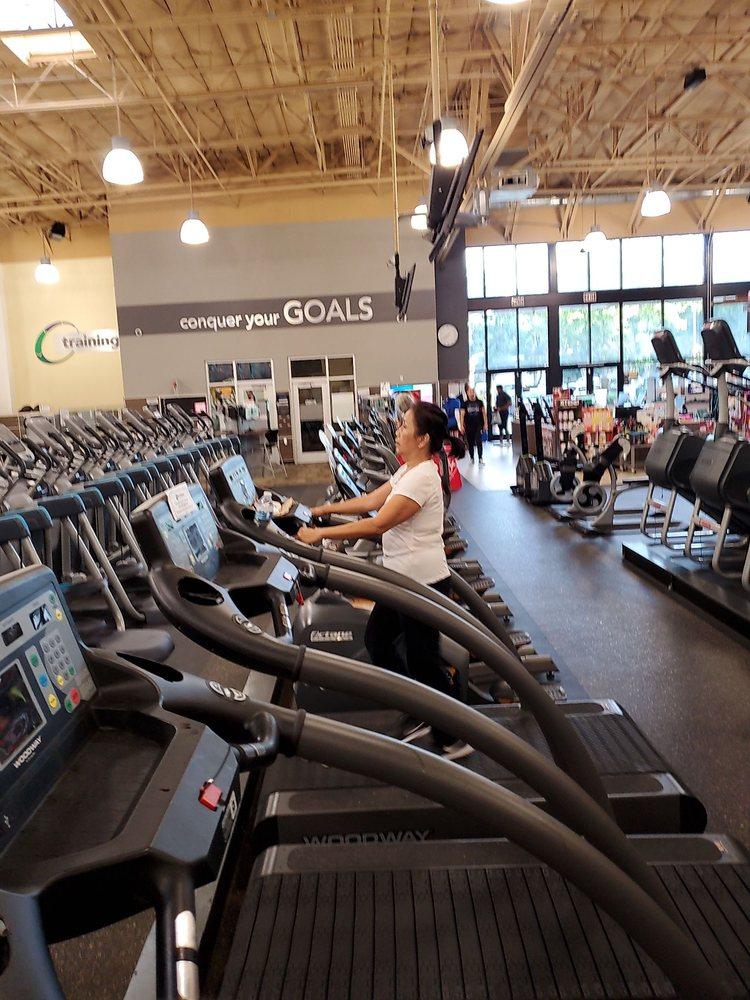 24 Hour Fitness Bellflower : fitness, bellflower, FITNESS, CERRITOS, TEMP., CLOSED, Photos, Reviews, 17970, Studebaker, Cerritos,, Phone, Number