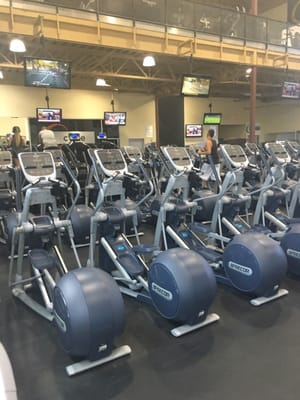 24 Hour Fitness Anaheim Hills : fitness, anaheim, hills, Fitness, Anaheim, Gateway, Photos, Reviews, Lemon, Anaheim,, Phone, Number