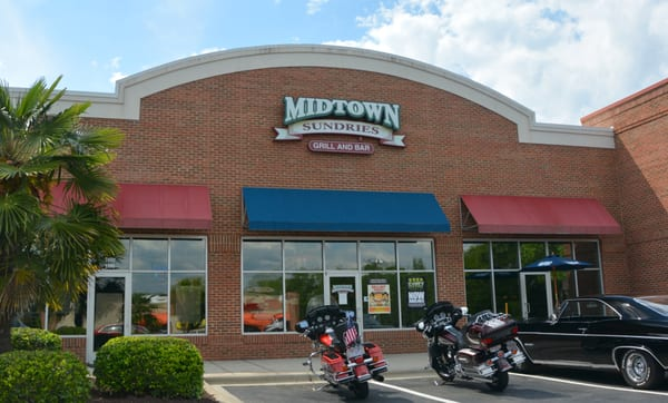 Midtown Sundries Grill & Bar Opening Times in Fort Mill, SC
