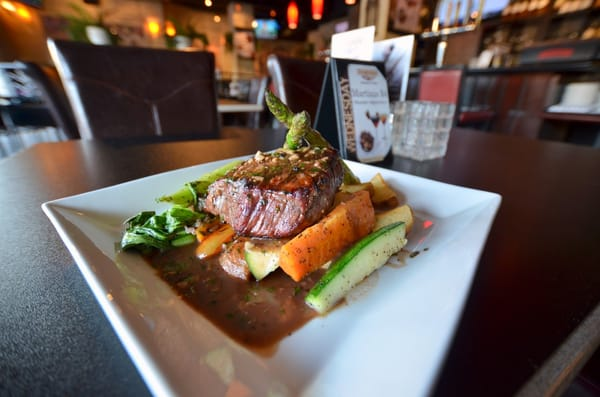 Symposium Cafe Restaurant & Lounge Opening Times in North York, ON