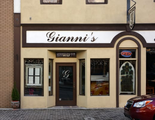 Gianni's Trattoria Opening Times in Concord, NC