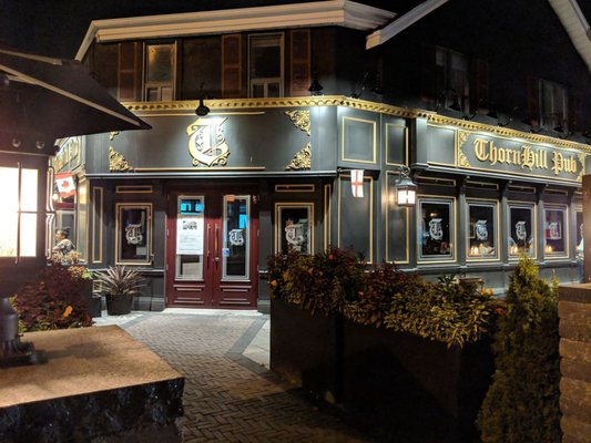 Thornhill Pub Opening Times in Vaughan, ON