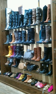 Shoe City Reisterstown Plaza : reisterstown, plaza, Reisterstown, Owings, Mills,, Stores, MapQuest