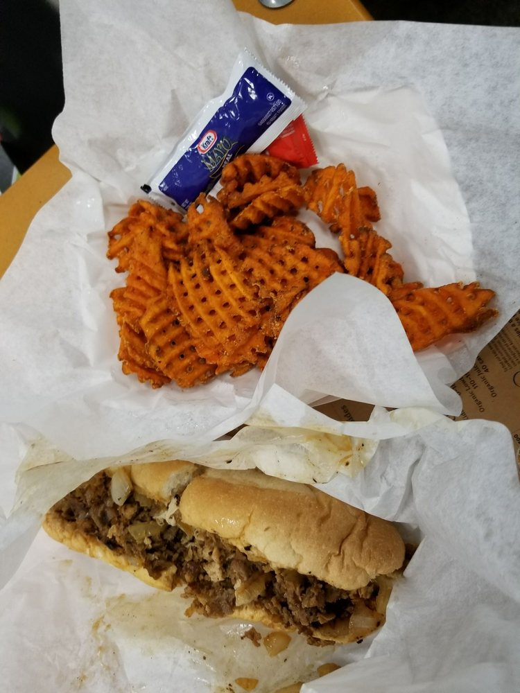 Cheffins Food Truck : cheffins, truck, Cheffin's, Cheesesteaks, Cubanos, Takeout, Delivery, Photos, Reviews, Trucks, Castle, Rock,, Restaurant, Phone, Number