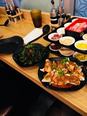 Yunshang Rice Noodle Opening Times in Markham, ON