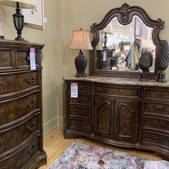 american signature furniture 32