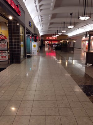 Ward Parkway Shopping Center : parkway, shopping, center, Genesis, Health, Clubs, Parkway, Kansas, City,, Shopping, Centers, Malls, MapQuest