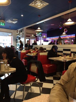 Wimpy's Diner Opening Times in Thornhill, ON